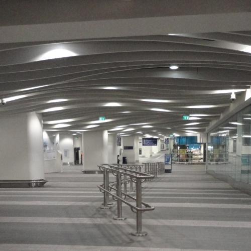 02-birmingham-new-street-station-mall