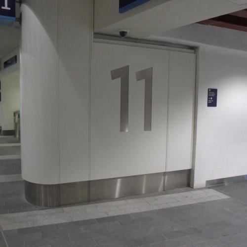 05-birmingham-new-street-station-mall