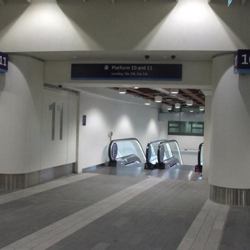 06-birmingham-new-street-station-mall