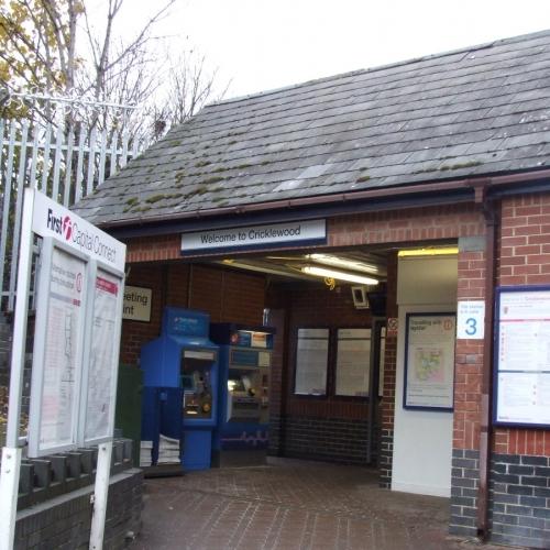 01-cricklewood-station-north-london-led-lighting