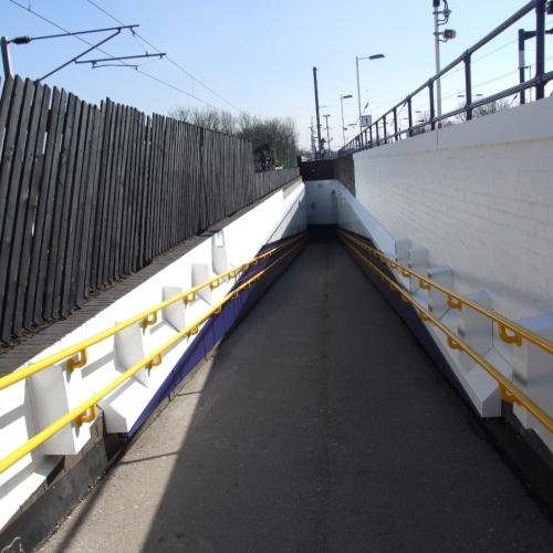 04-cricklewood-station-north-london-led-lighting