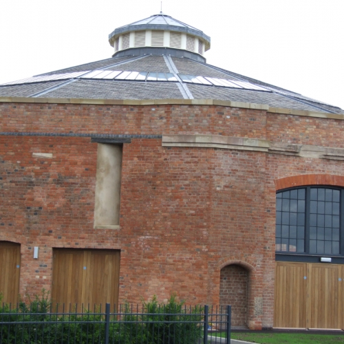 derby-roundhouse-03