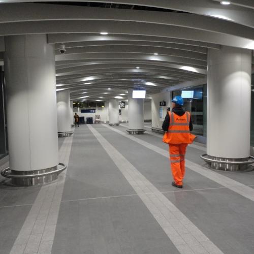 03birmingham-new-street-station-mall