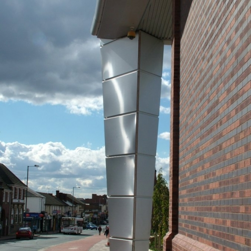 tesco-cradley-heath-s-s-column-06